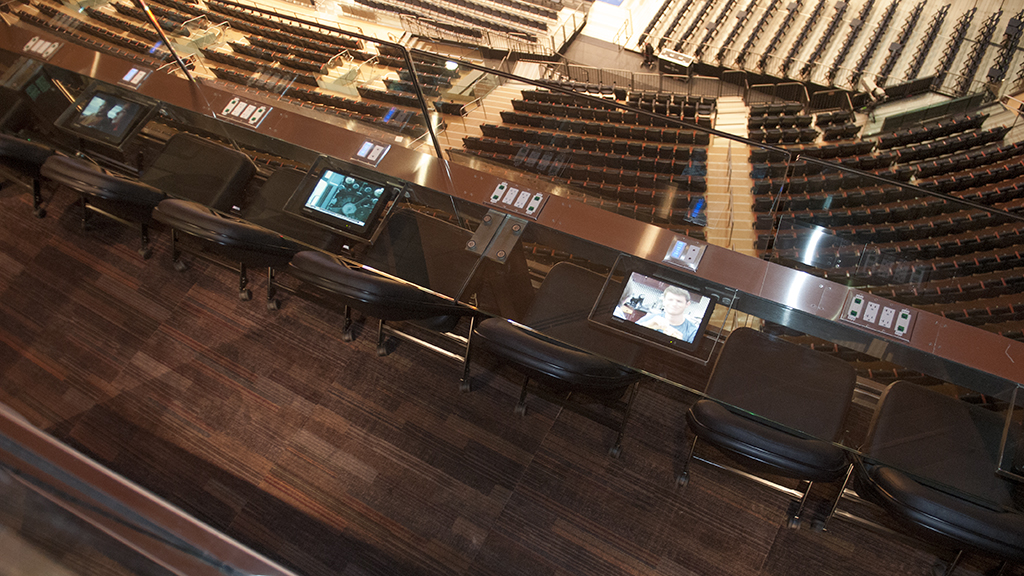 Choice seats the madison square garden transformation espn - How many seats at madison square garden ...