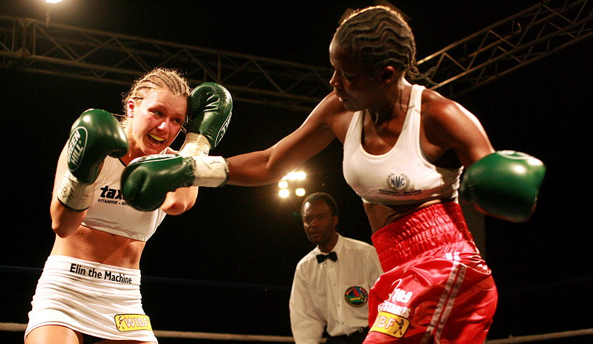 Esther Phiri fighting