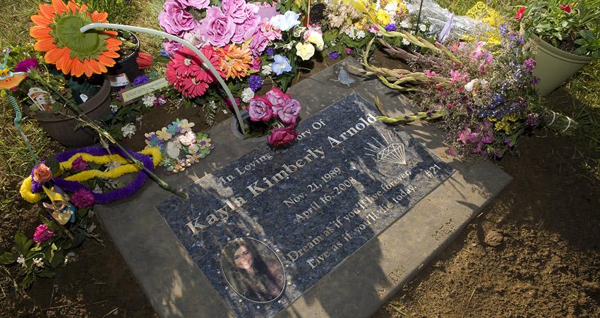 Kayla Arnold's grave