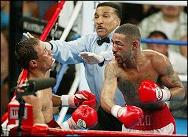 Jose Luis Castillo (left),  Tony Weeks, Diego Corrales