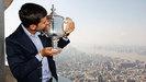 Novac Djokovic presumi� su trofeo por New York