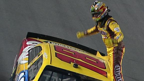 Kyle Busch edges Tony Stewart, wins BUDWEISER SHOOTOUT exhibition ...