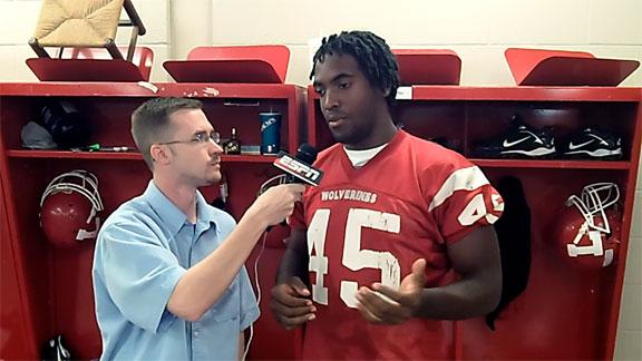 http://a.espncdn.com/media/motion/2012/0411/dm_120411_DJ_Ward_talks_with_SoonerNation.jpg