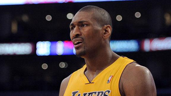 Video - Metta World Peace Ejected