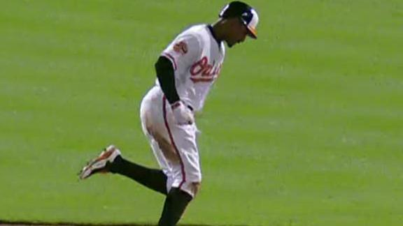 Video - Orioles Rally To Beat Blue Jays