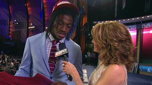 Video - Robert Griffin III Drafted By Redskins