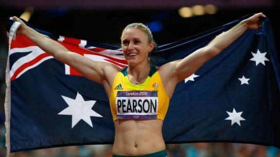 2012 Summer Olympics Sally Pearson Tops U S Trio In
