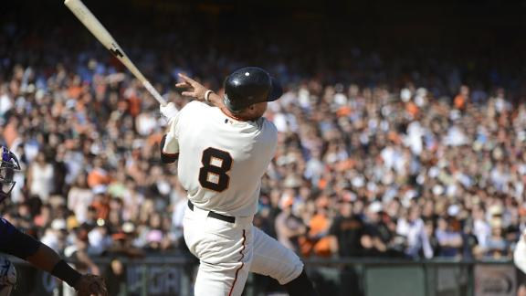 Pence's 3-run HR in 8th helps Giants by Rockies