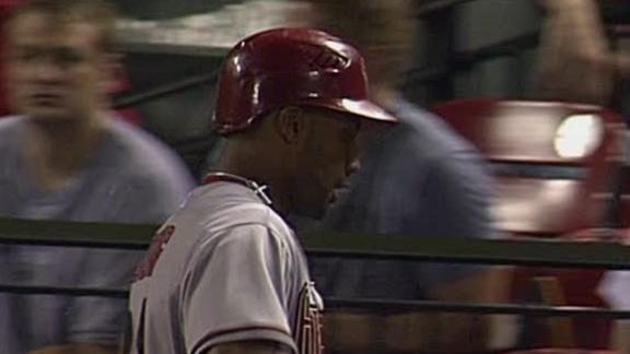 Back-to-back HRs in 9th lift D-backs past Cards