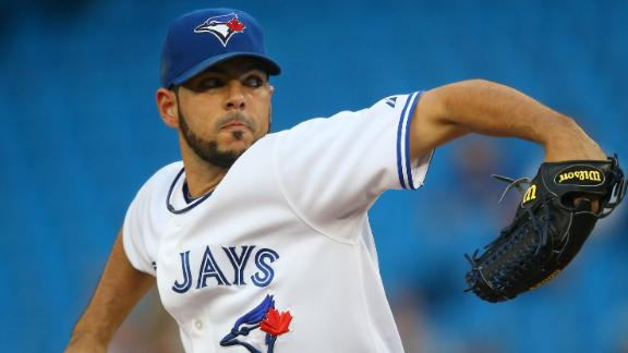 Villanueva guides Jays past slumping Rays