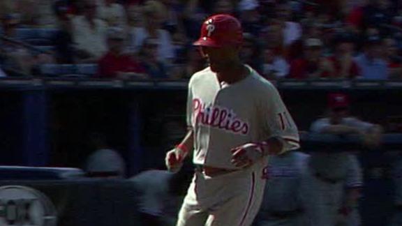Lee tosses 7 scoreless as Phillies silence Braves