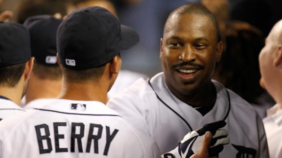 Tigers top White Sox for share of division lead