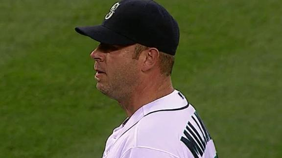 Video - Mariners Hold Off Red Sox 2-1