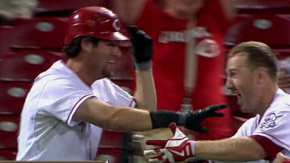 Ludwick sends Reds to win over Pirates in 14th