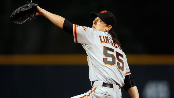 Giants' bats back Lincecum in win vs. Rockies