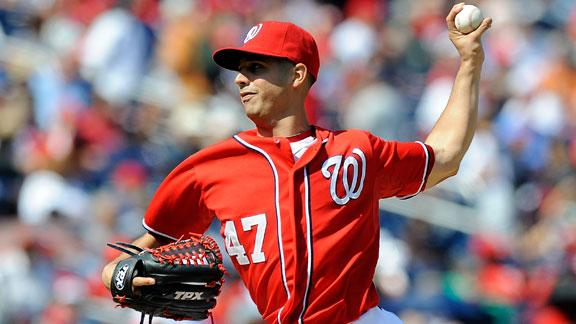 Gonzalez first to 20 wins as Nats close on title