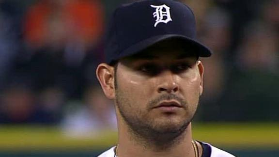 Video - Sanchez Moves Tigers Into AL Central Tie
