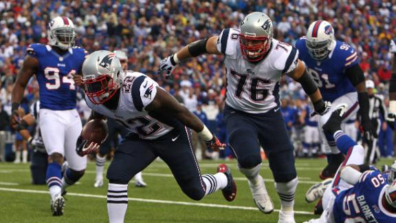 Pats score six straight TDs in 2nd half, KO Bills