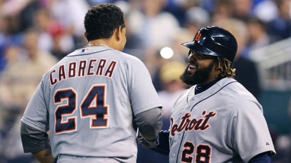 Cabrera homers as Tigers clinch AL Central title
