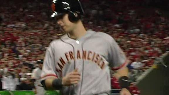 Giants score in 10th to drop Reds and stay alive