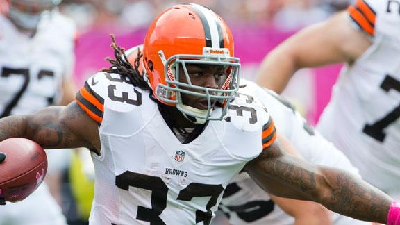 Browns' Richardson 'day to day' with rib ailment