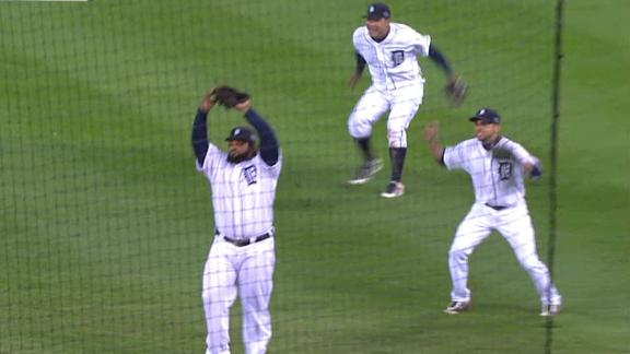 Video - Tigers Sweep Yankees To Reach World Series