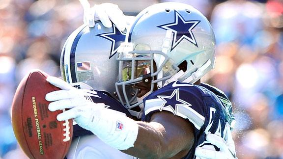 Cowboys RB Jones suffered bruised knee in win