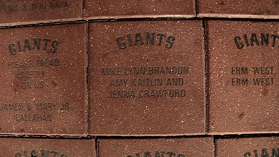 Video - Jim Caple's Off Base: Brandon Crawford's Immortal Brick