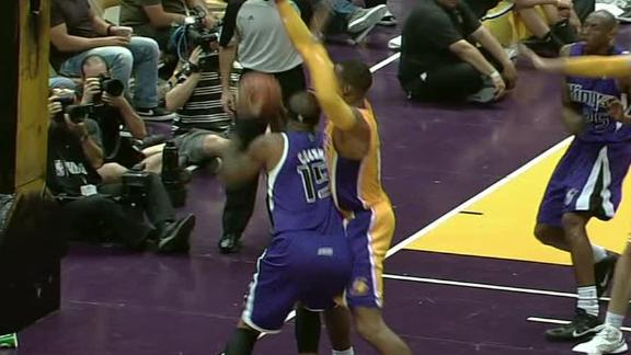 Video - Kings Hand Lakers Eighth Loss Of The Preseason