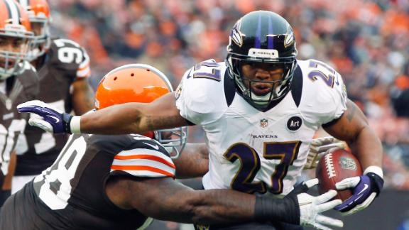 Ravens rally to win 11th straight in AFC North