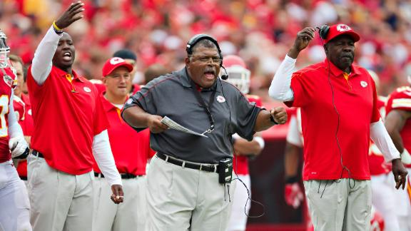 Video - Crennel Steps Down As Chiefs Defensive Coordinator