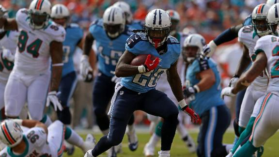 Titans use 4 takeaways to trounce Dolphins