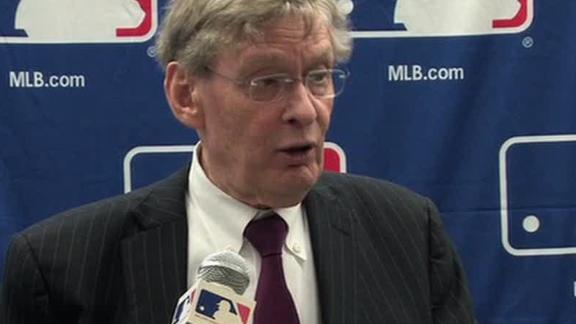 Selig reviewing pending Marlins-Blue Jays deal