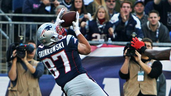 Video - Gronkowski Suffers Broken Forearm