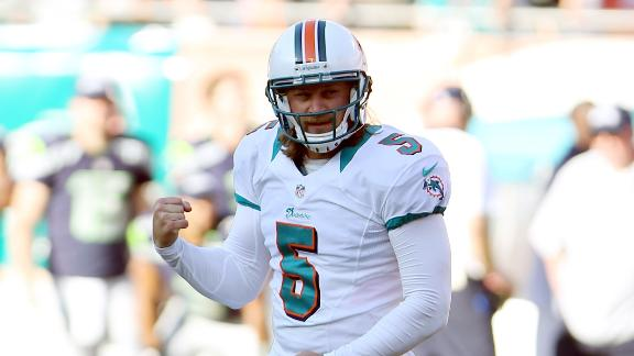 Dolphins snap skid on Carpenter's field goal