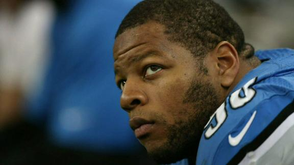 NFL won't suspend Suh for low hit on QB Schaub