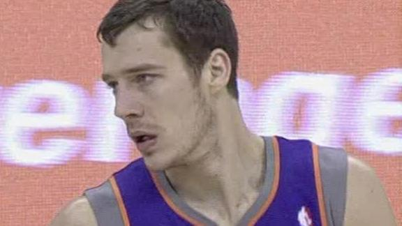 Dragic lifts Suns past Cavs; Scott rips team