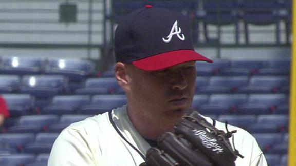 Starter-heavy Braves trade Hanson to Angels
