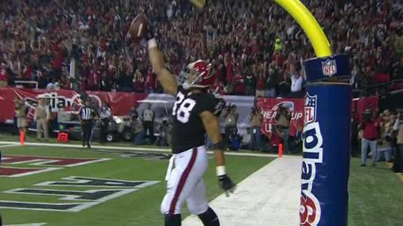 Falcons pick off Brees 5 times, snap TD streak