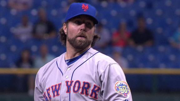 Source: Red Sox, 7 others eyeing Mets' Dickey