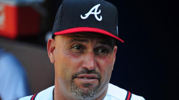 Braves exercise Fredi Gonzalez's 2014 option