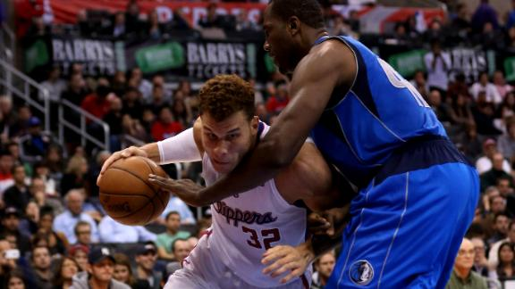 Griffin, Clippers roll Mavs for fourth straight win