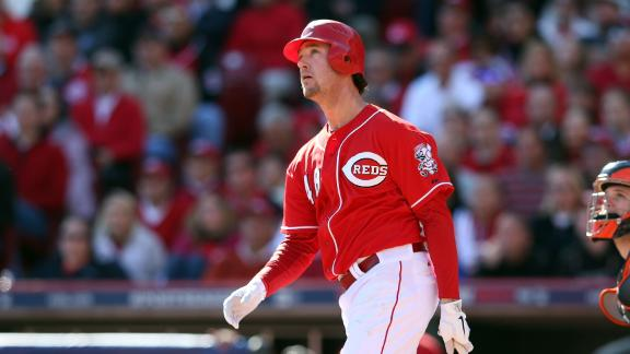 Source: Ludwick back to Reds with 2-year deal