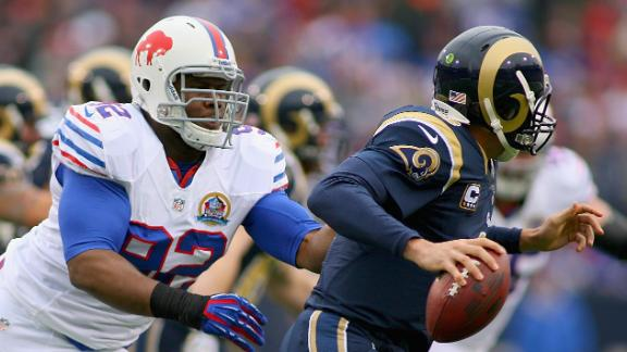 Bradford lifts Rams past Bills in last minute