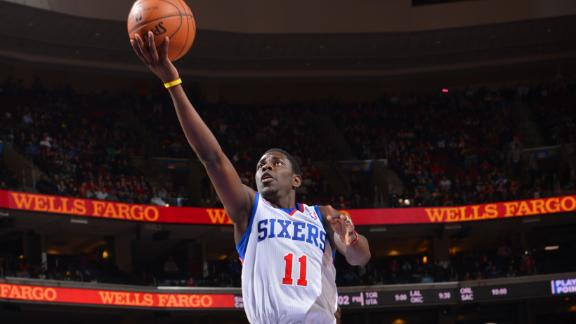 Holiday scores 25 as Sixers put away Pistons