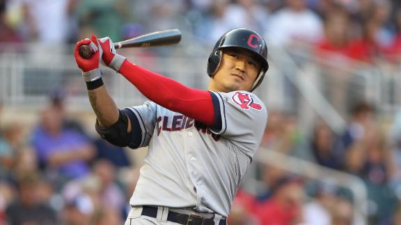 Choo to Reds, Bauer to Indians in 3-team deal