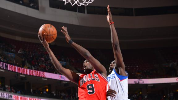 Noah, Deng help Bulls bounce back, top 76ers