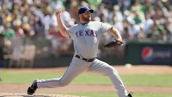 Source: Red Sox close to deal with Dempster