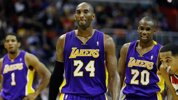 Kobe, Lakers edge Wizards to snap losing skid