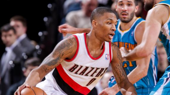 Lillard's last-second 3 lifts Blazers past Hornets